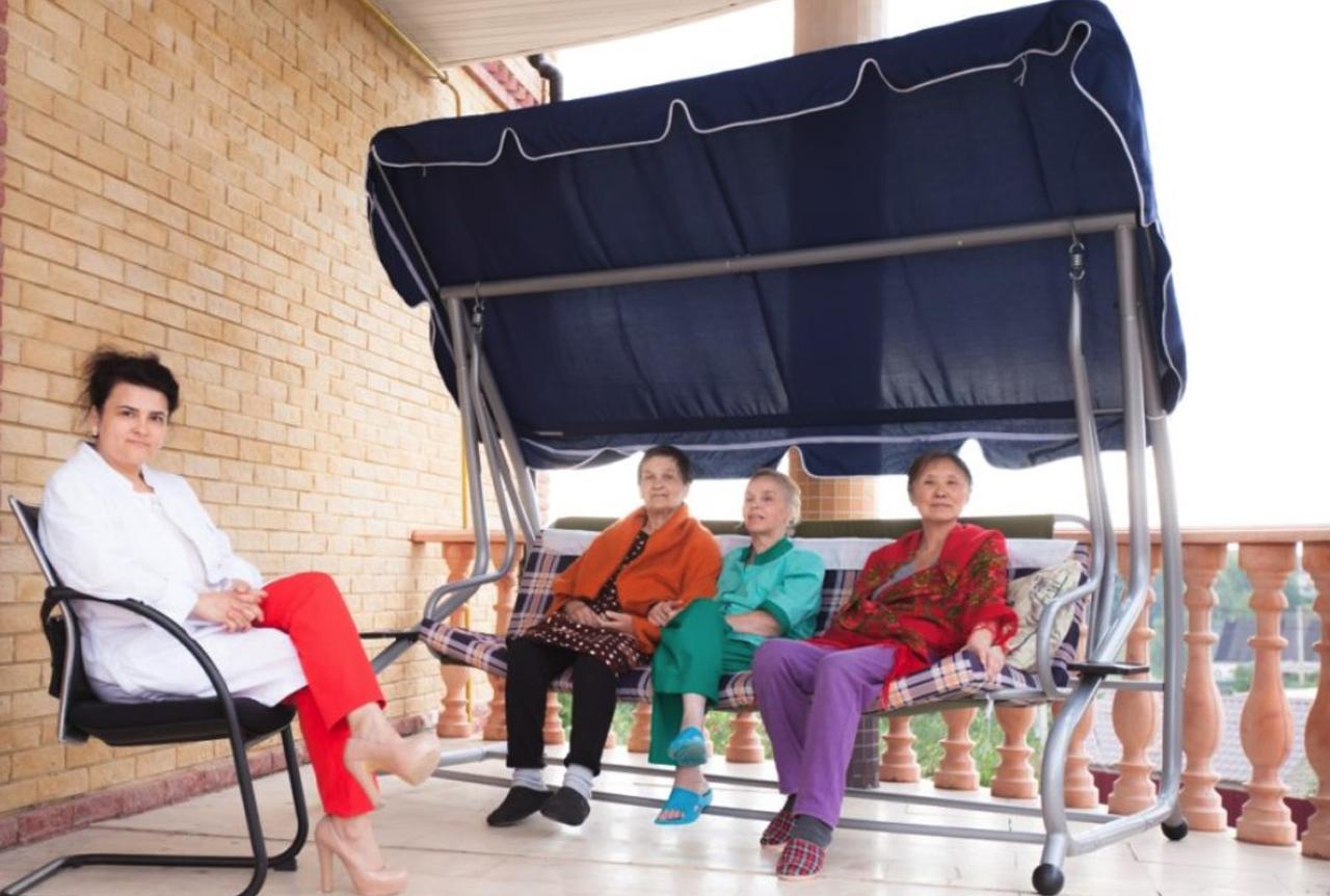 Интернат для престарелых в москве стационарный уход за лежачими больными москва