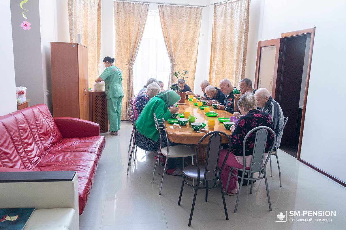 Пансионат для пенсионеров и инвалидов г.звенигород при каких условиях принимают в дом престарелых